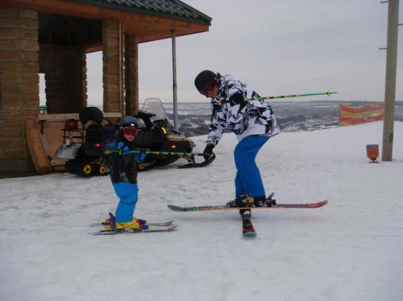 Еще мы лыжники