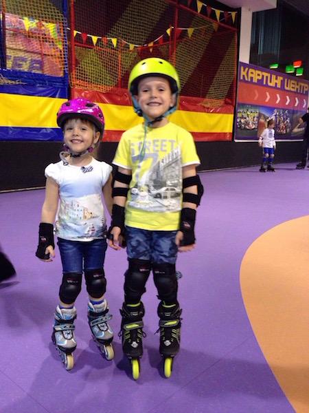 Мои дети на роликах